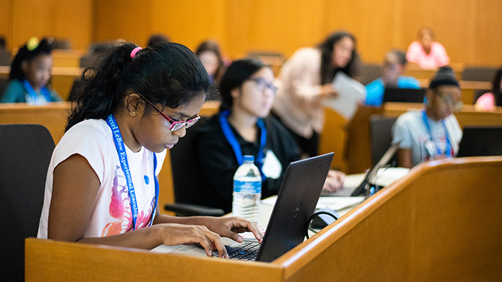 LeBow-and-TechGirlz