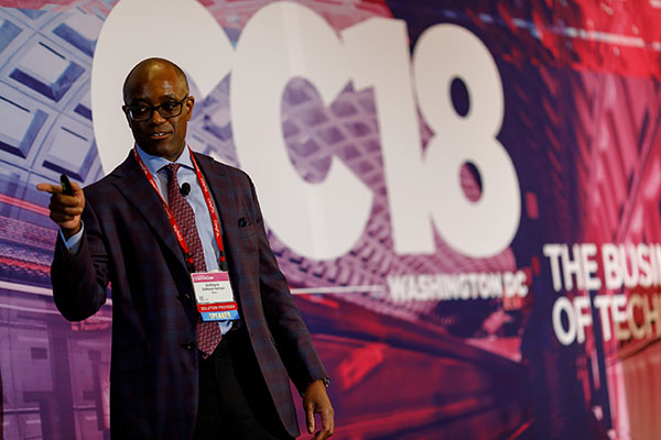 Duwayne Harrison speaks about cloud migration strategies at ChannelCon 2018.